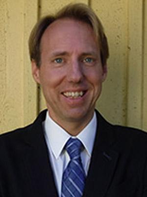 Dr Isak Lindstedt