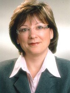 Mrs Heidrun Piwernetz